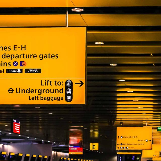 Transfers from Heathrow Airport (LHR) to London