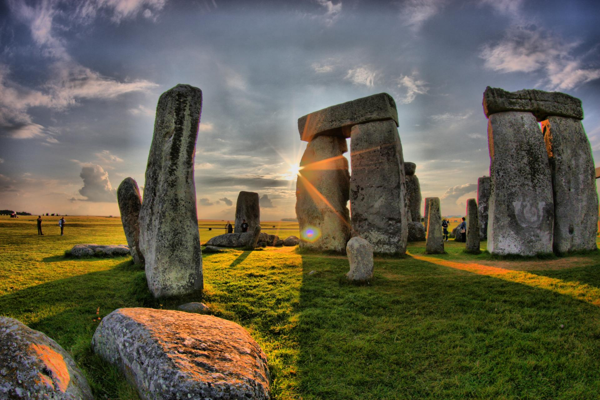 El Solsticio de verano en el Stonehenge, tour guiado desde Londres