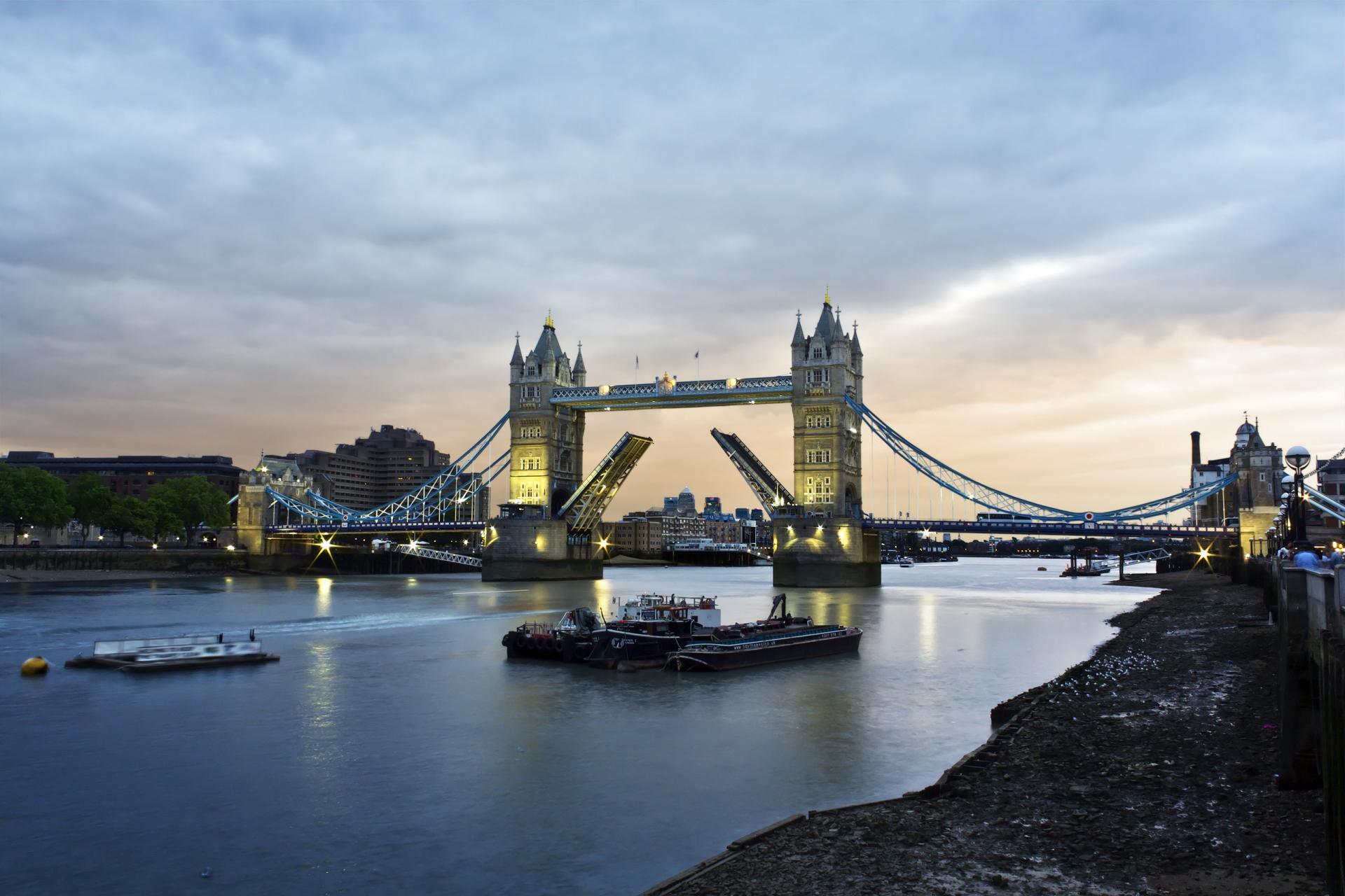 Tower Bridge: historia viva de Londres