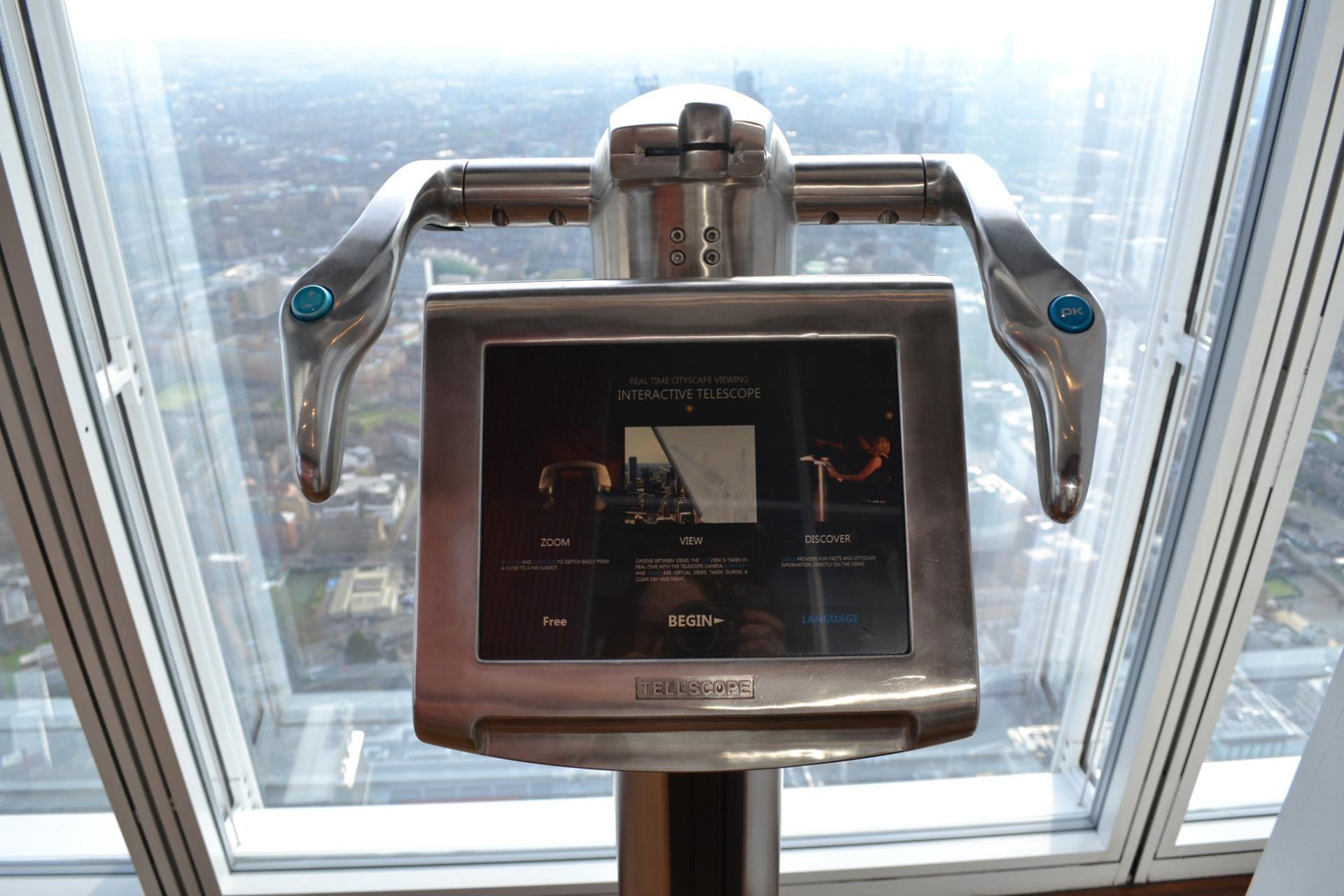 Pantalla interactiva en el the Shard