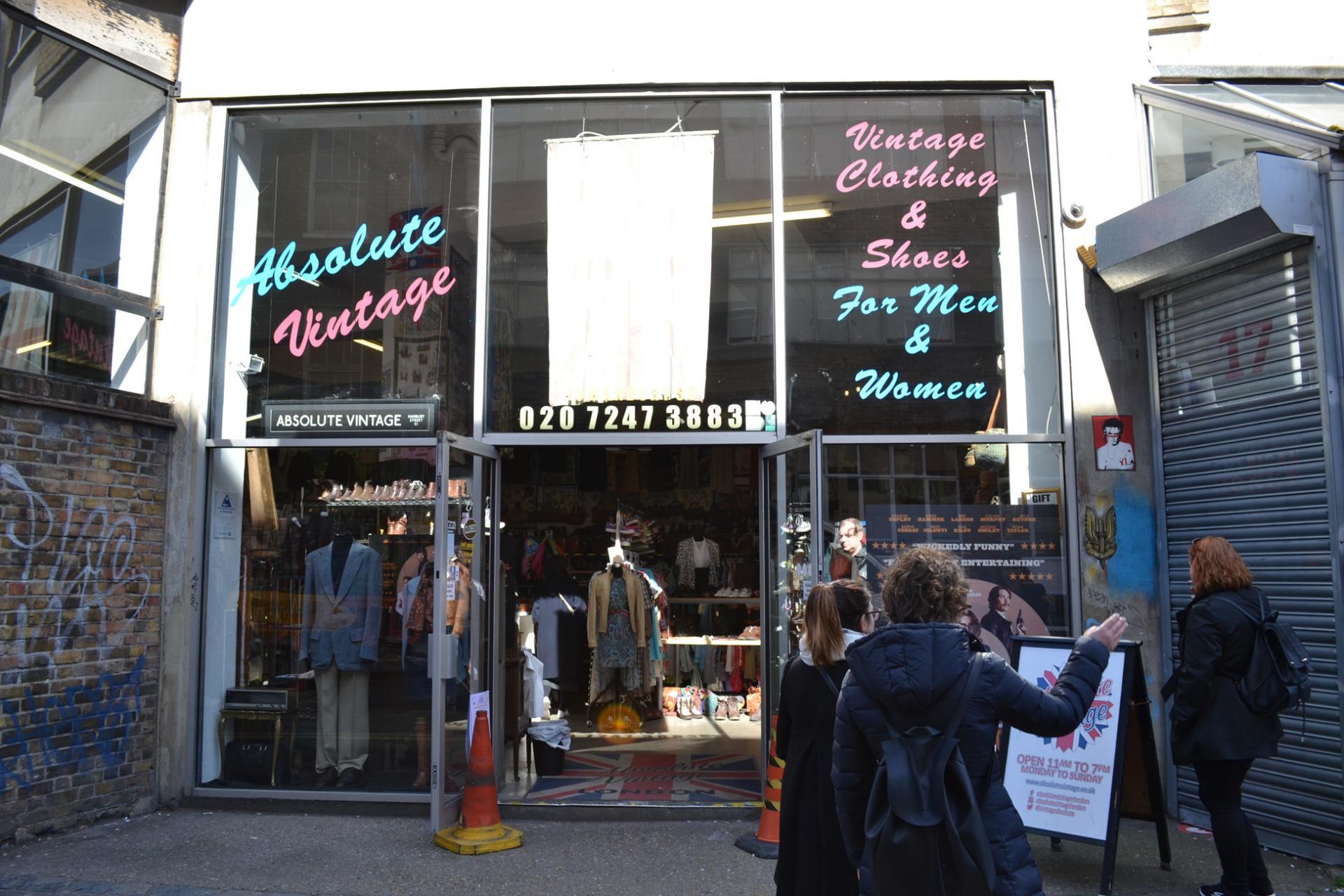 The Absolute Vintage Shop, Brick Lane, Londres