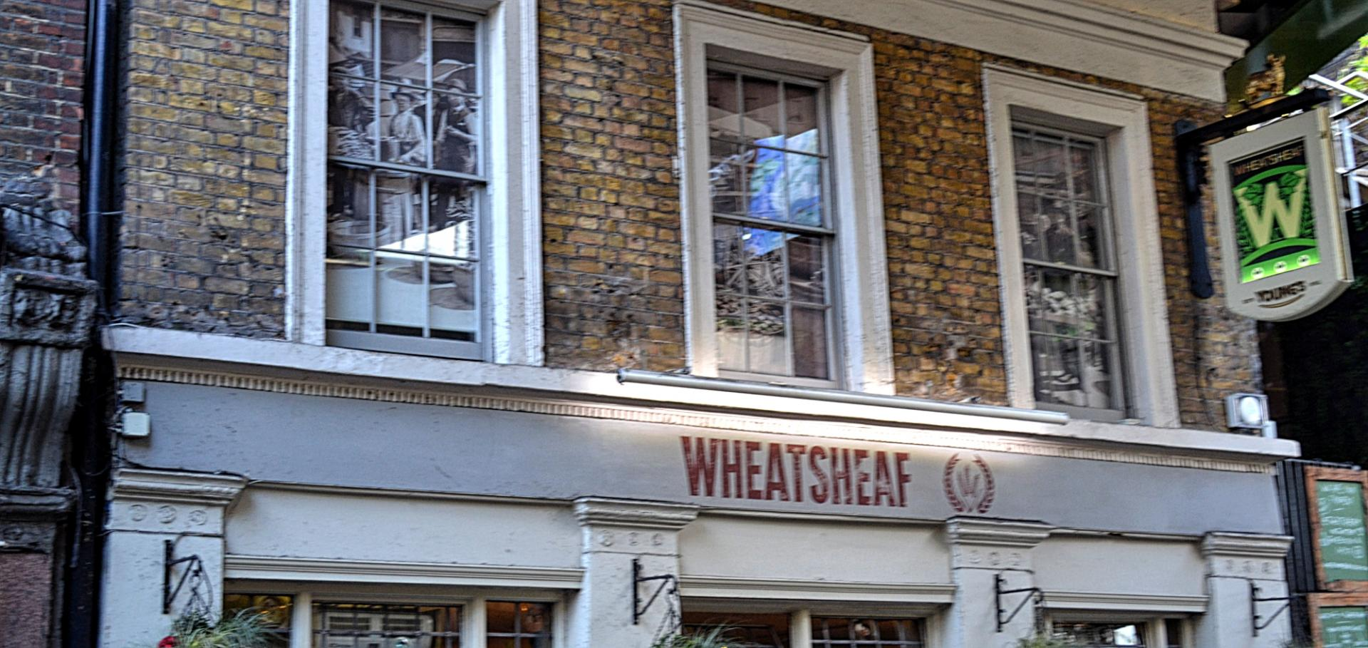 Pub Wheatsheaf en el Borough Market