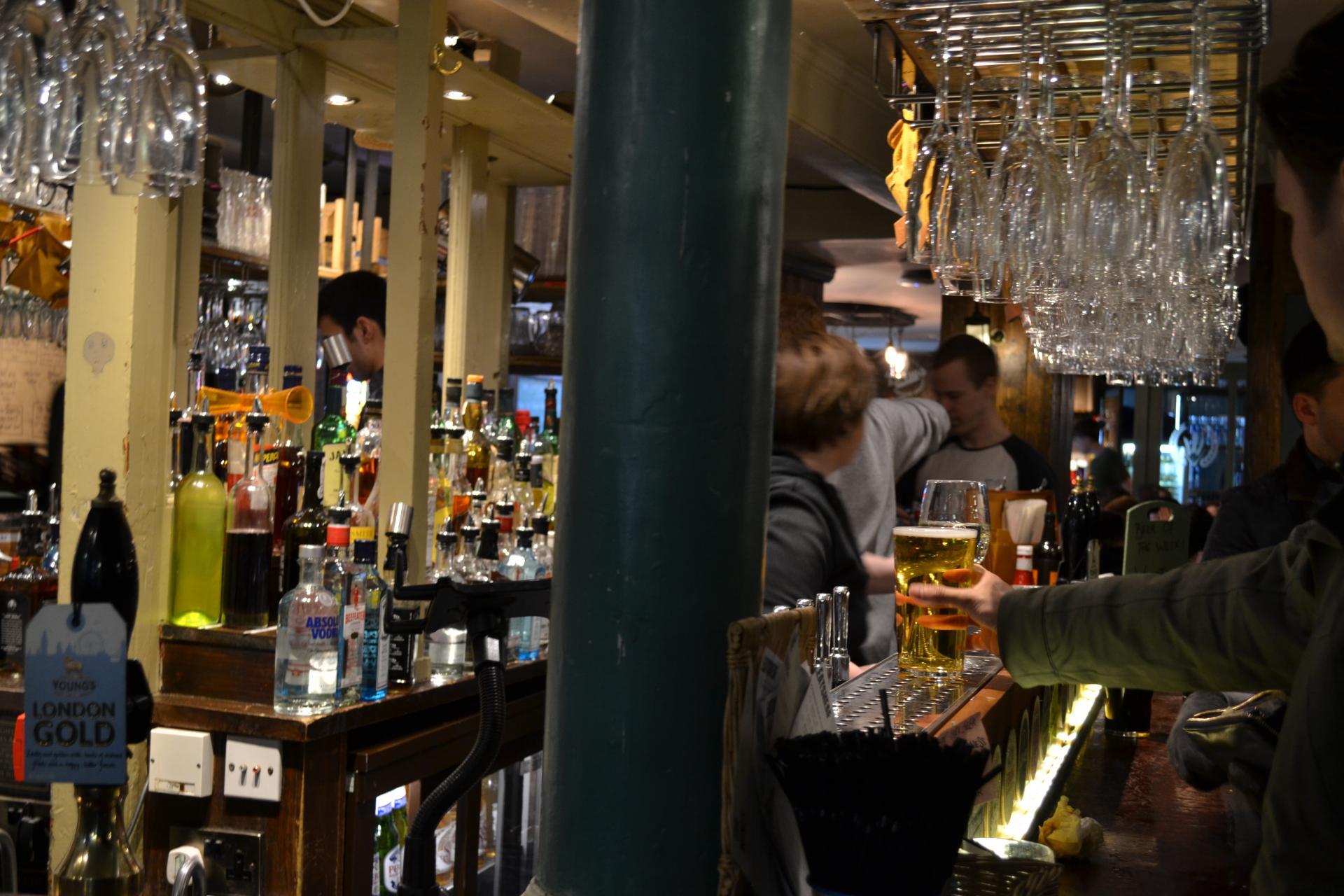 wheatsheaf-london-cerveza-170504181134004