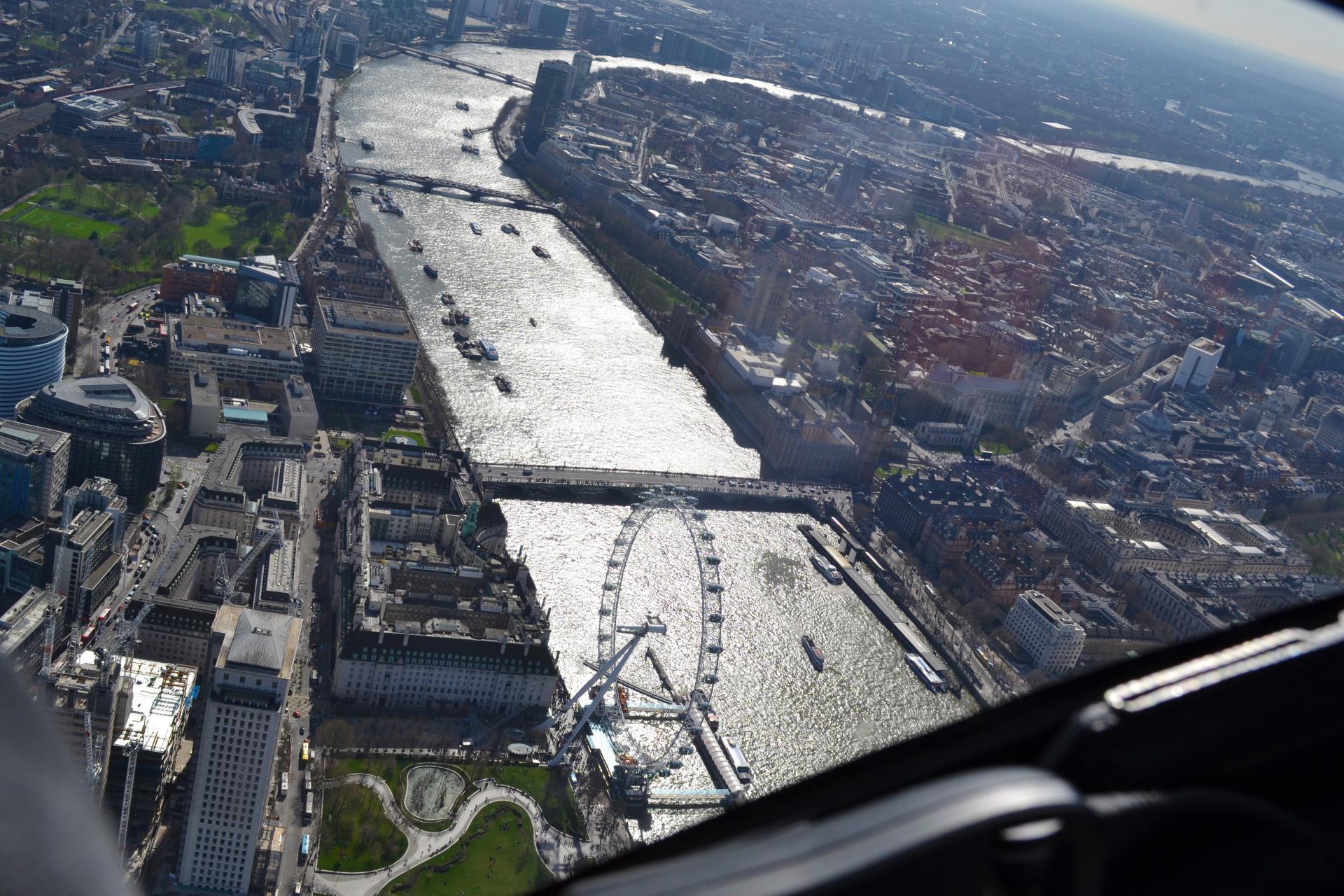 london-eye-desde-el-aire-londres-170621110448021
