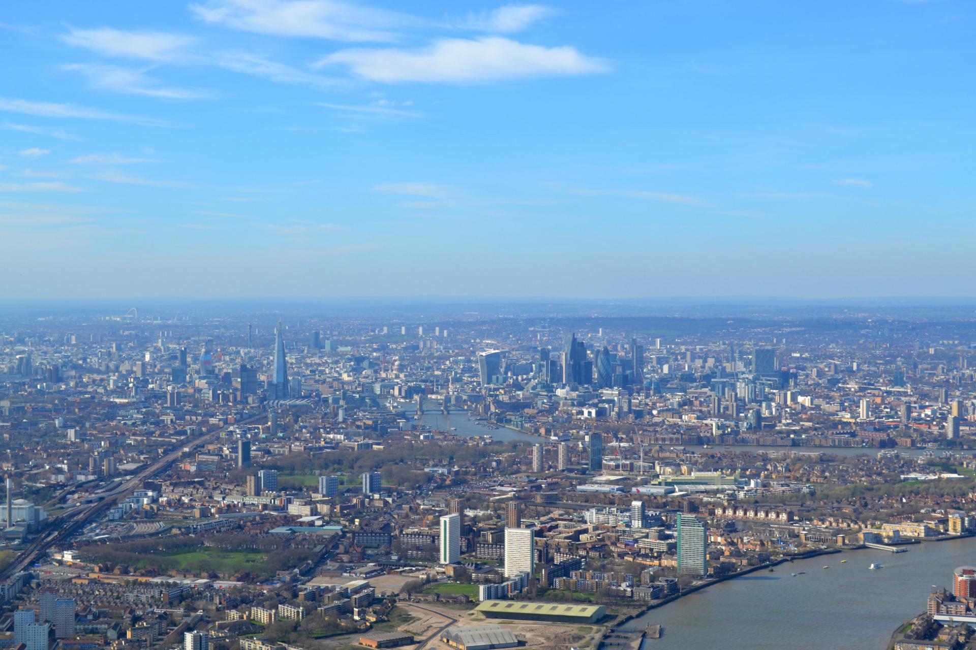 Londres desde el aire desde nuestro paseo en helicoptero