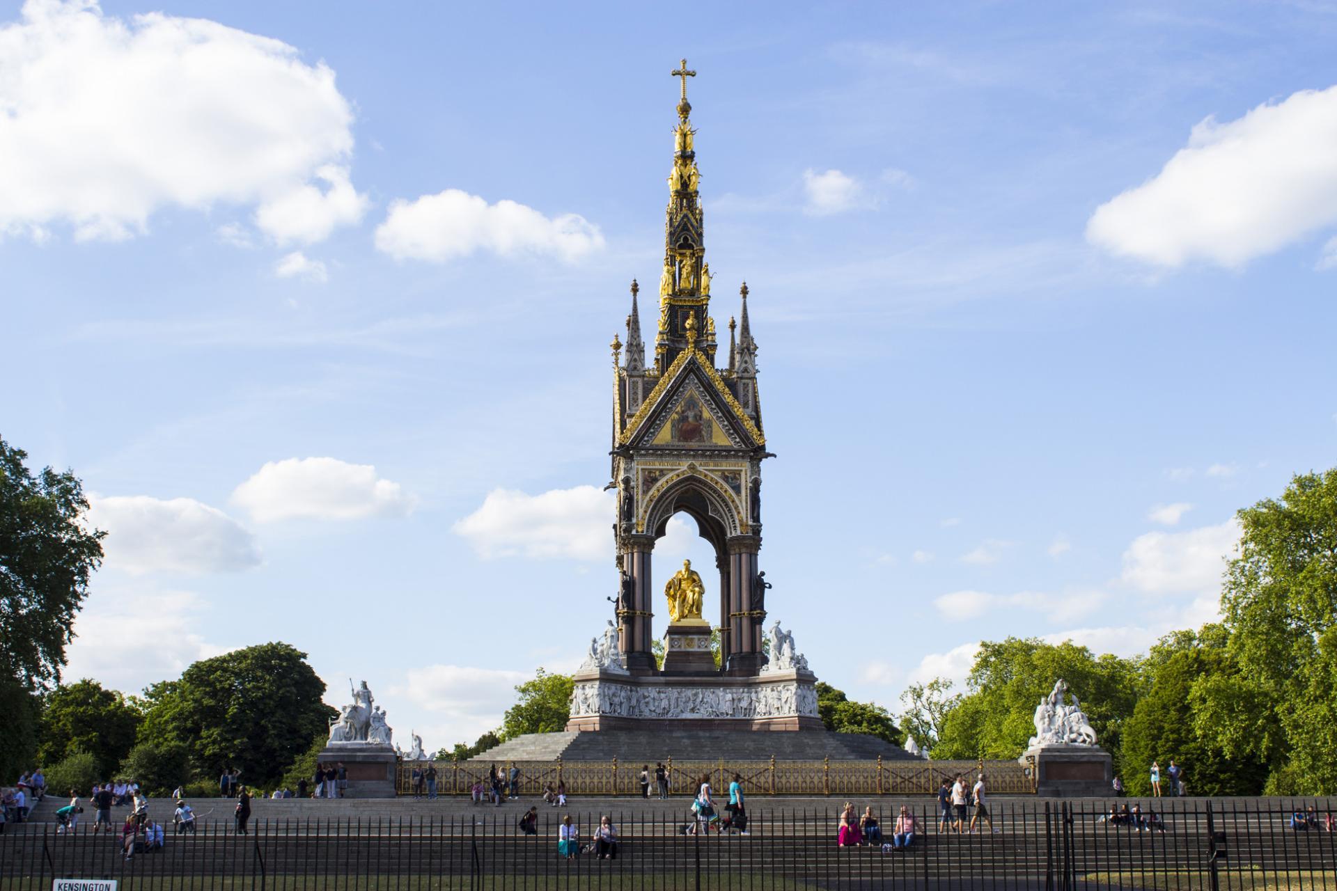 Royal Albert Memorial en los Kensington Gardens de Londres